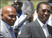 塞內加爾總統瓦德(左)與乍得總統代比(12/3/2008)