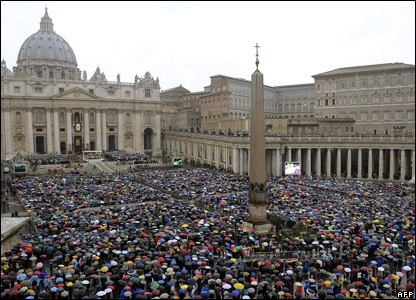 Crowds of worshippers in St Peter's Square, in Rome