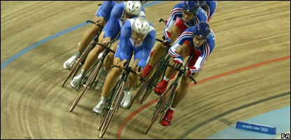 Great Britain's cycling team at the Olympics in 2004