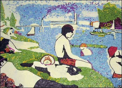 Georges-Pierre Seurat's Bathers at Asnieres made up of Smarties