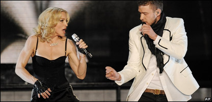 Madonna performing with Justin Timberlake