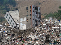 The earthquake destroyed buildings