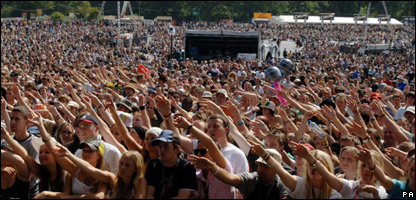 Crowds at V Festival
