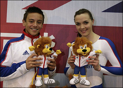 Tom Daley and Victoria Pendleton with the mascots