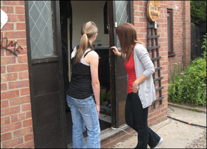 Leanne and Helen enter house.