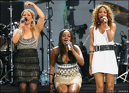 "The Sugababes got the crowd to wish Mr Mandela ""Happy Birthday"" and sang their hits Push the Button and About You Now."