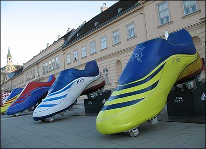 These giant football boots have been placed outside a building in the museum quarter of Vienna.