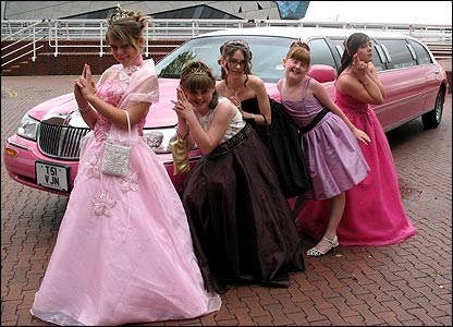 Bethanie and her friends went to the prom in a pink limo - stopping for some photos along the way.