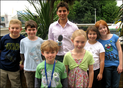 Newsround's Ricky with kids