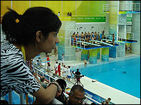 Sonali watching the diving