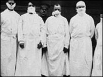 1918年流感大爆發時期的英國醫生、軍官和記者