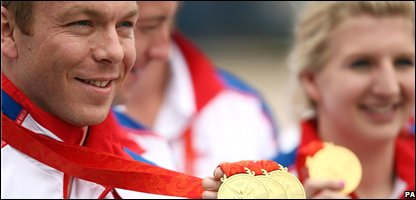 Chris Hoy and Rebecca Adlington with their medals