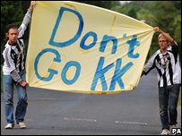 Fans holding a Don't Go KK sign (Photo: Owen Humphreys/PA Wire)