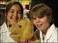 Newsround toy testers Jordan and Lillybet