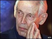 深海探險家雅克﹒皮卡德(2001年)