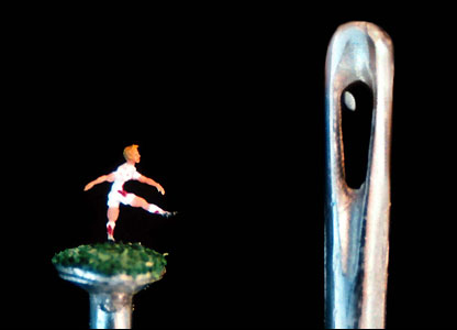 Art by micro-artist Willard Wigan
