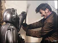 David does battle with a Cyberman in the 2008 Christmas special
