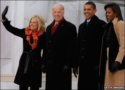 Barack and Michelle Obama and Joseph Biden and his wife Jill on the steps of the Lincoln Memorial