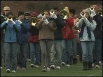The marching band from Obama's old school in Hawaii get in some practise
