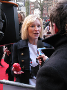 Joanna Page chatting to Ricky