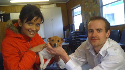 Sonali and RSPCA officer Darren Parrish