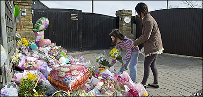 People leave flowers outside Jade Goody's home