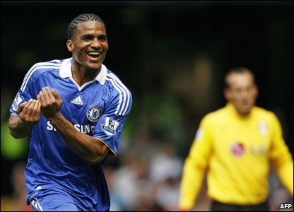 Malouda celebrating his goal for Chelsea