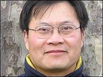 前《世界经济导报》驻北京记者站主任张伟国