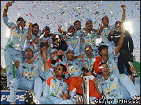 India celebrate their trophy win in 2007