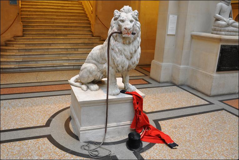 「Banksy versus Bristol Museum」の画像検索結果