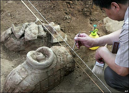 An archaeologists at work in China