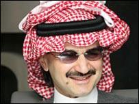 شقيق الوليد بن طلال ينادي بالحجر على اموال اخيه _45988904_alwaleed20