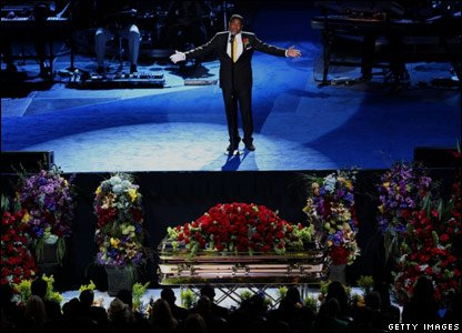 Jermaine Jackson singing his brother's favourite song, Smile, during a memorial service to celebrate his life and music