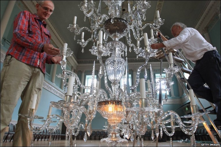 Bbc Bristol In Pictures Chandelier Cleaning