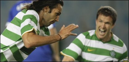 Celtic's Georgios Samaras celebrates his goal against Dinamo Moscow