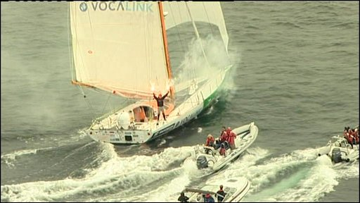 Mike Perham completes his sail