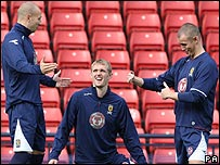 Alan Hutton, Darren Fletcher and Kenny Miller