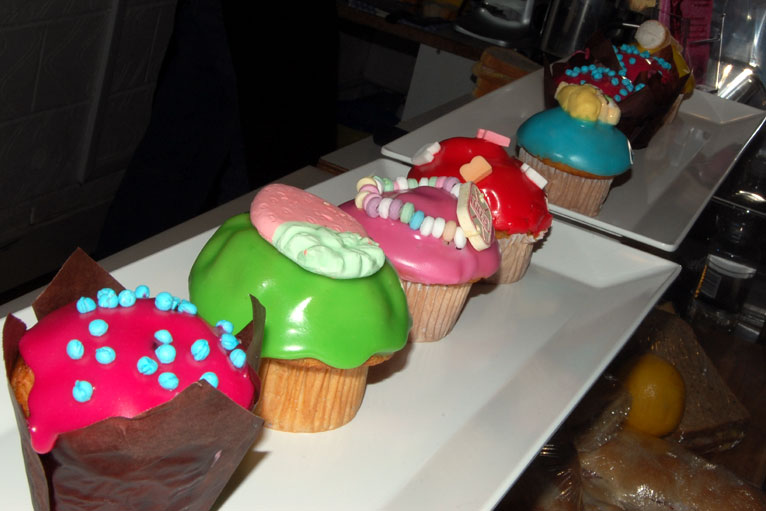 Local Edible Cake Images : BBC - Essex - In pictures: Chelmsford Art Trail