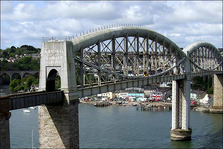 cornwall bridge lesbian singles Could cornwall bridge, ct be your next home kick-start your search with trulia's real estate guide and home search with interactive maps and charts, trulia provides a comprehensive overview of market trends, schools, demographics, and lifestyle data to help you learn all about cornwall bridge.