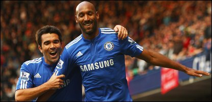 Nicolas Anelka of Chelsea celebrates with Deco