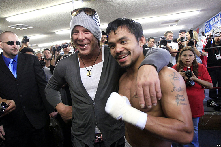 mickey rourke boxing. Mickey Rourke, a former oxing