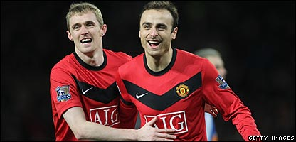 Dimitar Berbatov celebrates win