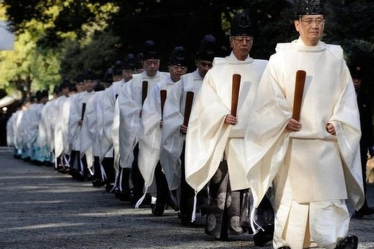 Image Gallery shinto priests