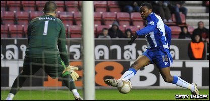 Charles N'Zogbia scores for Wigan