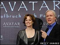 Avatar director James Cameron with one of the film's stars, Sigourney Weaver