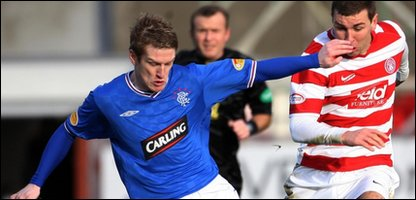 Rangers' Steven Davis and Hamilton's James McArthur