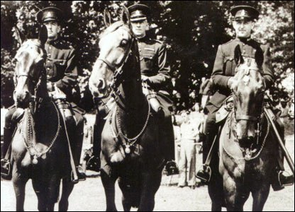 Police horses Olga, Upstart and Regal