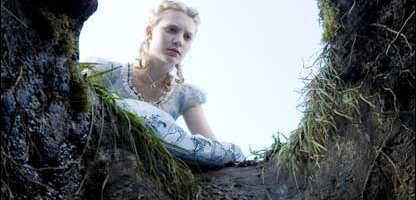 Mia Wasikowska in Alice in Wonderland (Pics: Disney Enterprises Inc)