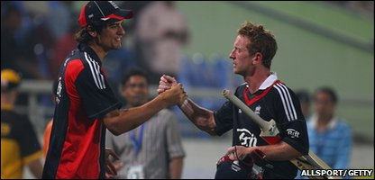 Paul Collingwood is congratulated by England captain Alistair Cook