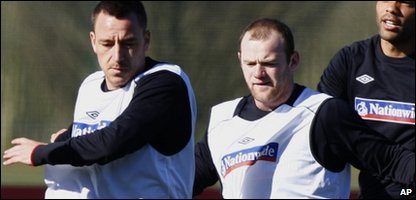 John Terry and Wayne Rooney training with the England squad